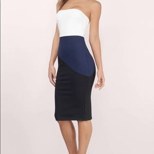 White, navy, & black strapless midi dress!